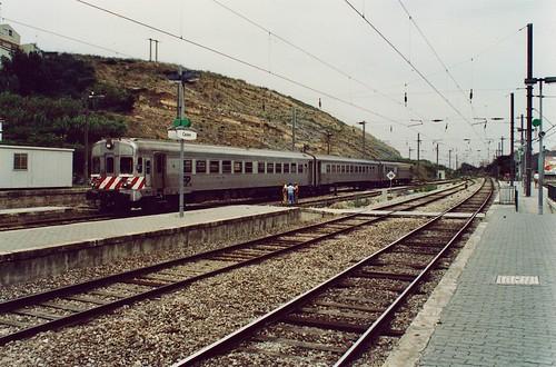 DMU class CP 600 in Cacém, Portugal