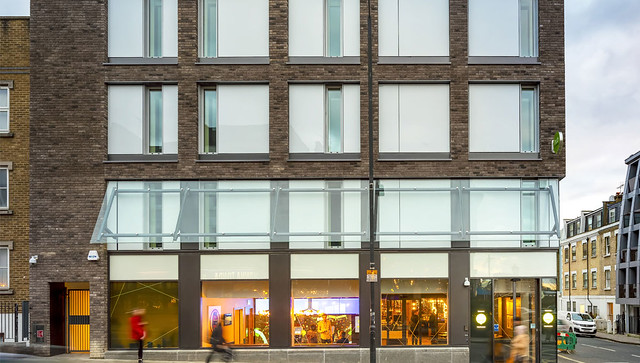 Photo:Hub by Premier Inn, West Brompton 3 By PROTEUS Engineered Facade Technology
