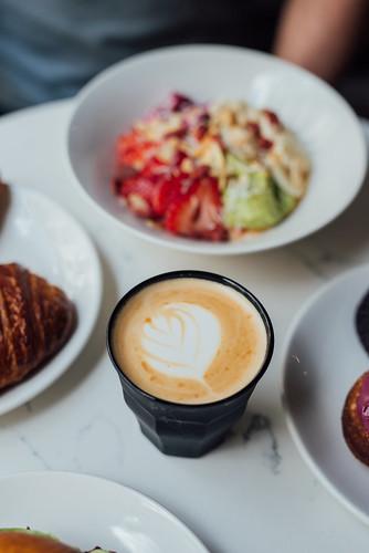 NELLi Café + Vin Nature