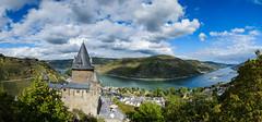 Burg Stahleck und das Rheintal-Panorama