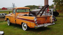 1959 Dodge D-100 Sweptside Tow Truck