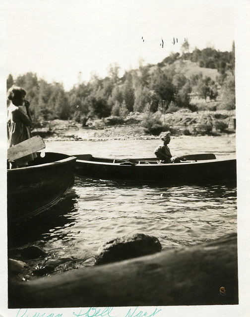 Photo:[CALIFORNIA-O-0027] Tuolumne River boaters By waterarchives