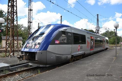 X73810