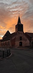 sunrise on the church - Photo of Saint-Remy-en-l'Eau