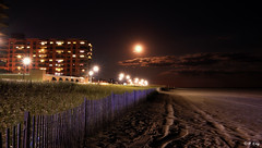 Chasing the Harvest Moon @ Long Beach, New York, USA