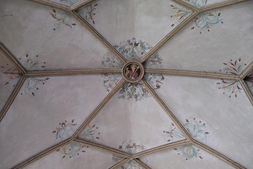Hl. Ägidius - Schlussstein Wahlfahrtskirche Maria Schnee, Obermauern