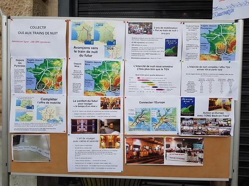 Bayonne, Pyrénées-Atlantiques: manif pour le rétablissement du train de nuit, Palombe bleue