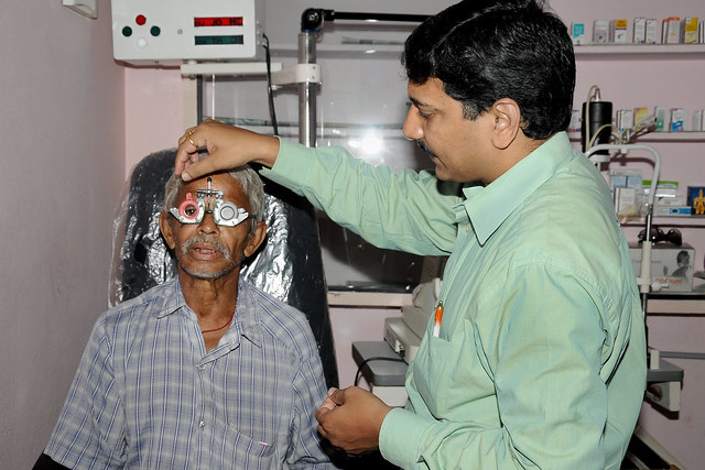 Photo:Free Medical Camp to support people from economically poor background By IAPB/VISION 2020