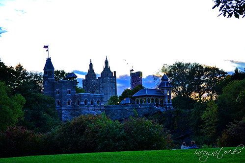 Belvedere Castle & San Remo Building at Sunset Central Park Upper West Side UWS Manhattan New York City NY P00674 DSC_9833
