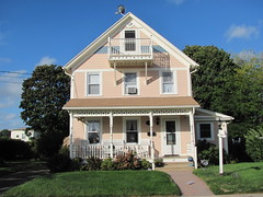 House (1895) on Smith Avenue, Niantic, Connecticut