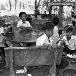 Kids at the table - Cambodia  (Retina IIIC / FP4+)