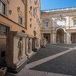Cortile du Palais des Conservateurs, Musées du Capitole, Rome, 2020 - https://www.flickr.com/people/29248605@N07/