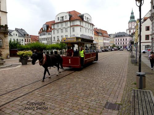 DE-04720 Döbeln Pferdebahn vor dem Rathaus  im September 2020