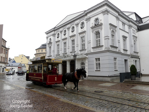 DE-04720 Döbeln Pferdebahn vor dem Theater im September 2020