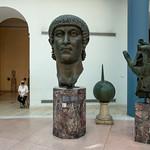 Fragments de la statue colossale de Constantin Ier, Palais des Conservateurs, Musées du Capitole, Rome, 2020 - https://www.flickr.com/people/29248605@N07/