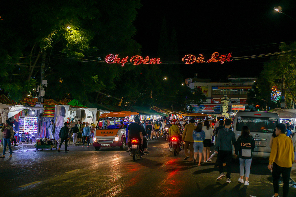 Entrance Sign of the Night Market in Dalat, Vietnam
