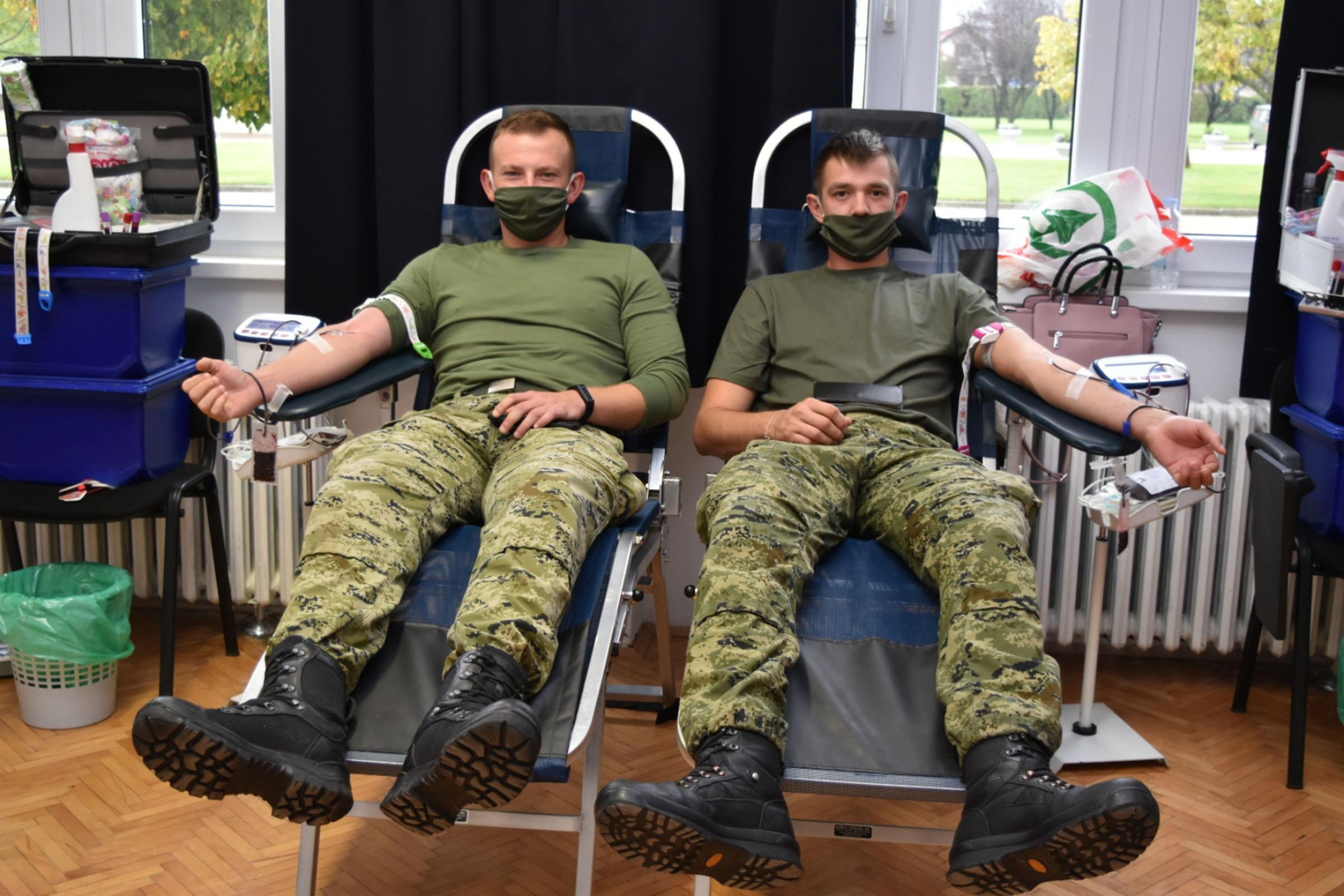Pume u dobrovoljnoj akciji darivanja krvi