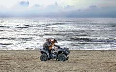 Julianadorp beach: riding the dog