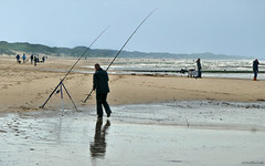 Julianadorp beach: checking the rods