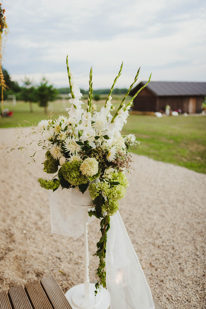Wedding Floral Decor Outdoors Gladiolus WIth Asters