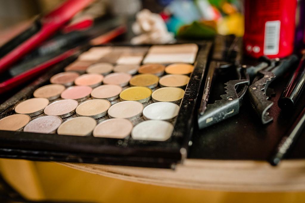 Eyeshadow Pallete Beige Tones Close Up