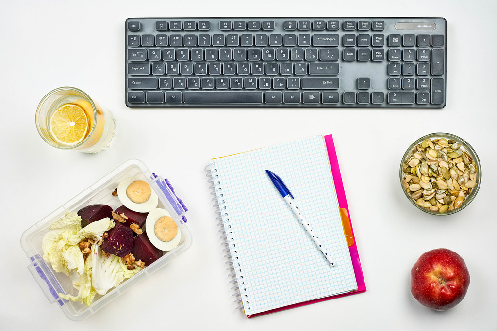 A vegetable office worker's bright workplace