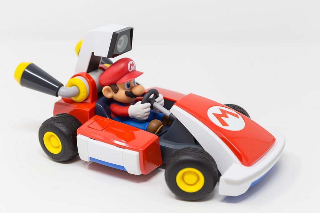 Mario Kart Live mit Nintendo Switch: Bis zu 4 Spieler können gemeinsam um das Haus rennen