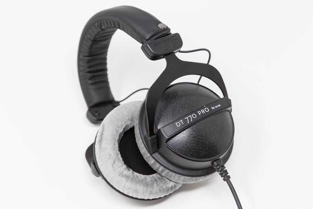 Beyerdynamic DT-770 Pro Referenzkopfhörer für professionellen Sound, Kontroll- und Monitorzwecke