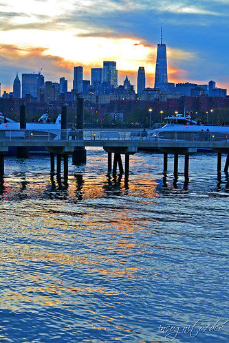 Freedom Tower WTC & Lower Manhattan View at Sunset from North 5th St Pier and Park Williamsburg Brooklyn New York City NY P00685 DSC_1485
