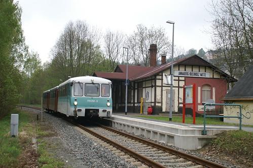 Ferkeltaxie 772 312-5 im Bahnhof Annaberg-Buchholz Mitte 16-05-2010