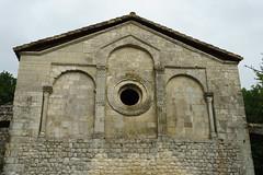 3860 Prieuré du Val des Nymphes à La Garde-Adhémar