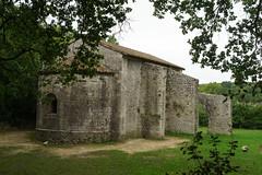 3868 Prieuré du Val des Nymphes à La Garde-Adhémar