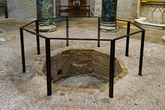 4019 Baptistère de la Cathédrale d'Aix-en-Provence