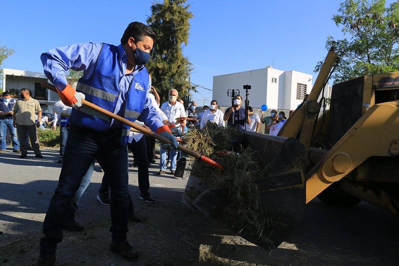 TAM-184-2020.-Jornada de limpieza del gobierno estatal y municipal en Ciudad Victoria (2)