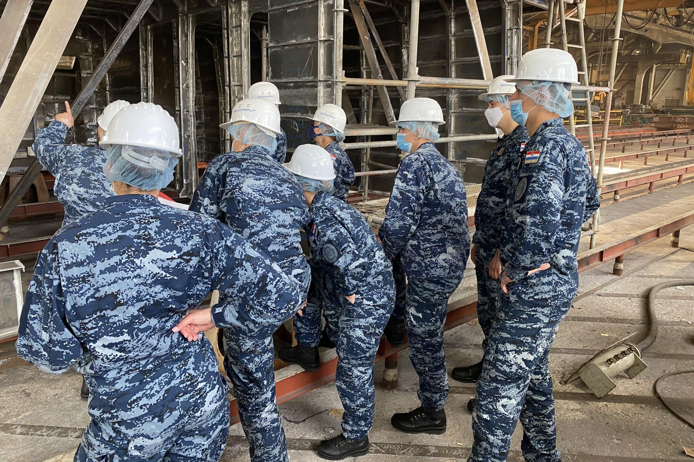 Kadeti studija Vojnog pomorstva u posjetu Brodosplitu