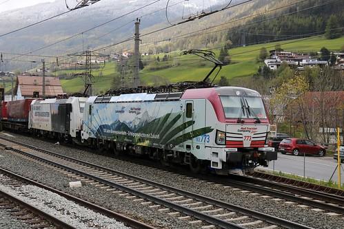193773-9 LM & 186443-8 LM pass Matrei am Brenner Austria 140519