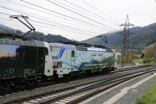 193773-9 LM & 186443-8 LM pass Matrei am Brenner Austria 140519 (3)