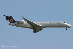 D-ACPI_CRJ7_Lufthansa CityLine_old titles