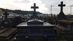 Tombe au cimetière de Riom-es-Montagne