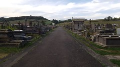 Tombes au cimetière de Riom-es-Montagne