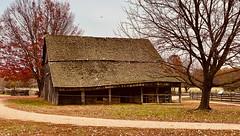 Colonial Farm Barn
