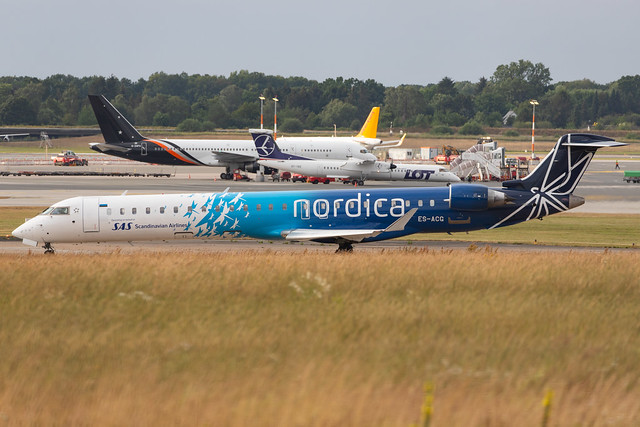Photo:Hamburg Airport: Nordica (EE / EST) | Operator: LOT |  Mitsubishi CRJ-900LR CRJ9 | ES-ACG | MSN 15277 By kevin.hackert