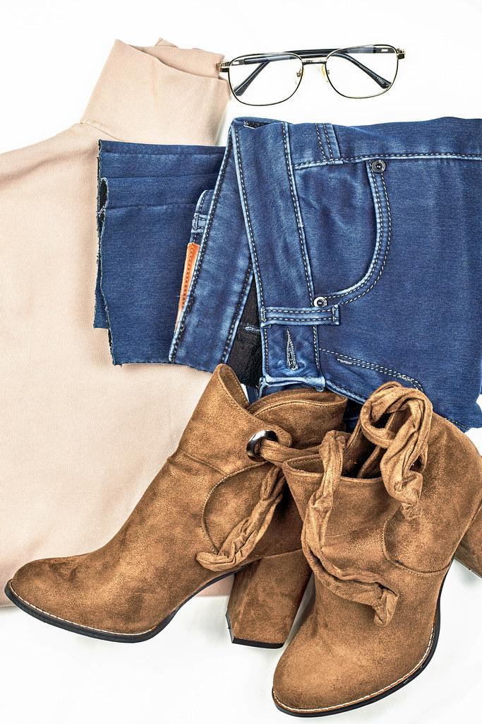 Stylish female clothes set