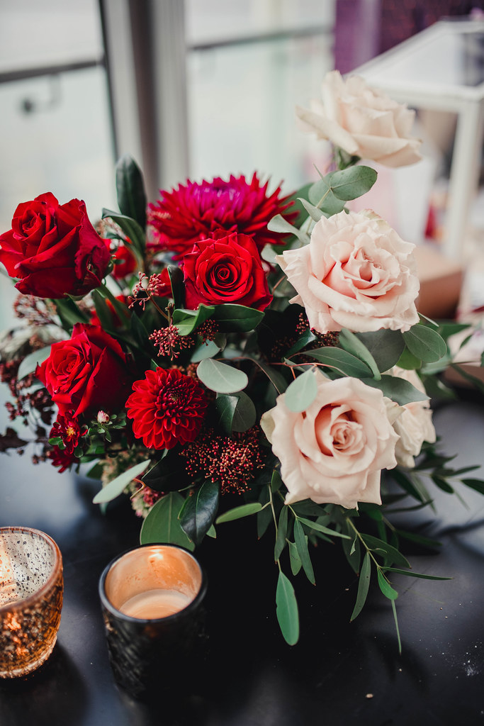 Wedding Decor With Red And Roses
