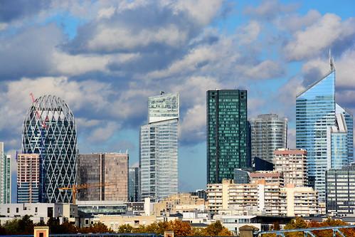 Beau ciel sur la Défense Paris_1057