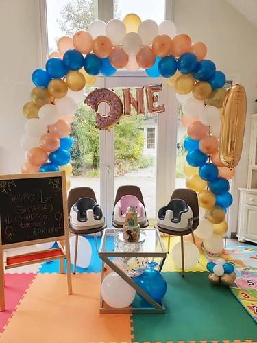 Ballonboog 6m Rose Goud, Chrome Goud, Blauw en Wit Verjaardag 1 Jaar
