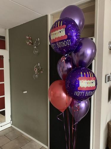 Ballonboeket Verjaardag Chrome Paars en Rood