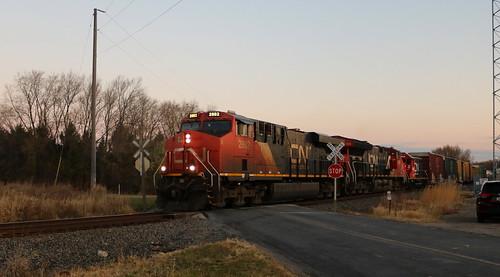 CN 2882, 3154, GTW 4616, Sherman, Oshkosh, 8 Nov 20