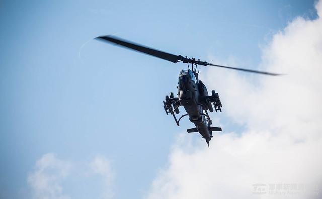 戰備任務訓練週陸航602旅「熱加油、熱掛彈」20201105
