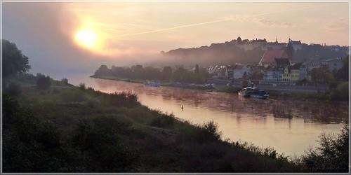 Dramatischer Morgen in Pirna an der Elbe
